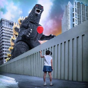 Godzillaballoon (2)